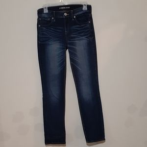 Express Jeans. Size 2s, Skinny Mid Rise